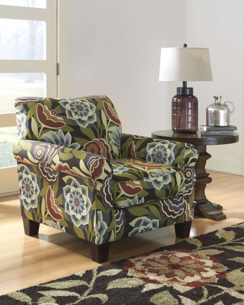 Sofa style antilles ballari de la marque ashley pour un for Meuble ashley sherbrooke