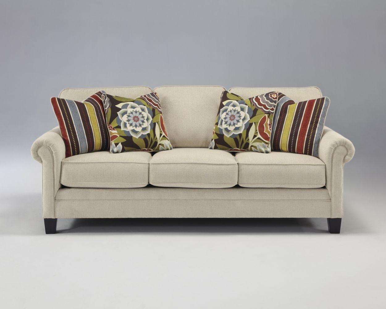 sofa style antilles ballari de la marque ashley pour un salon lumineux meuble et d coration. Black Bedroom Furniture Sets. Home Design Ideas
