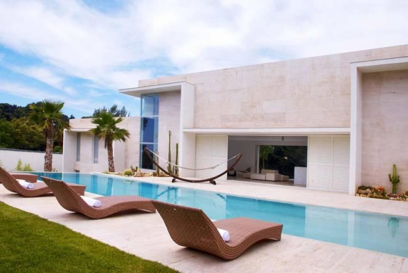 menuiseries aluminium et verre aix en provence 13. Black Bedroom Furniture Sets. Home Design Ideas