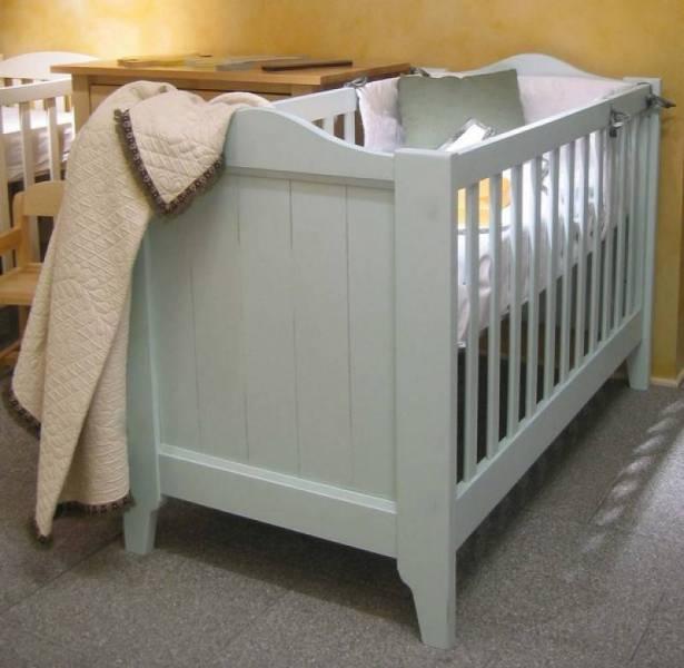 meubles pour enfants en bois lit tilleul en bois massif. Black Bedroom Furniture Sets. Home Design Ideas