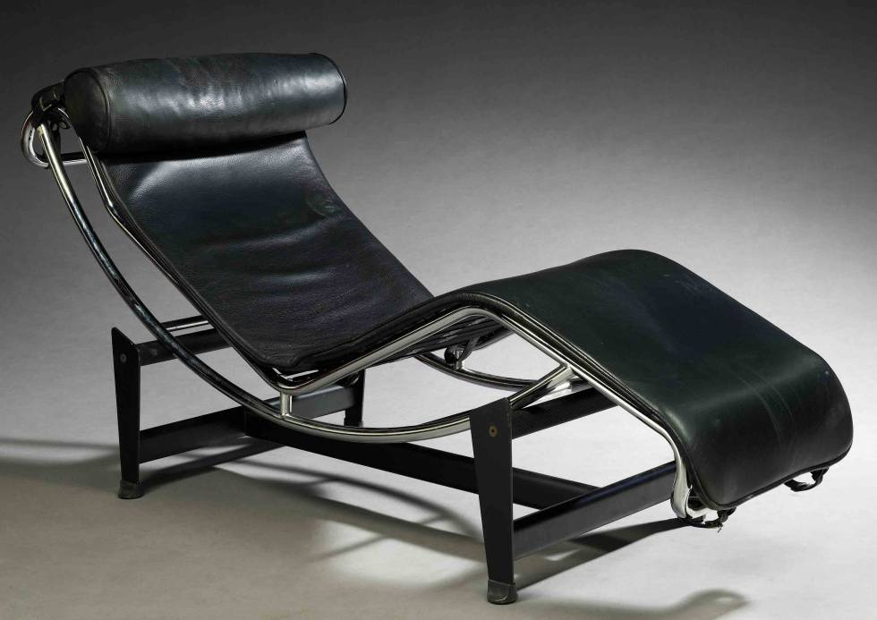 chaise longue design italien en cuir le corbusier lc4. Black Bedroom Furniture Sets. Home Design Ideas