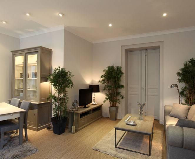 show room meubles et d co d 39 int rieur coup de soleil avignon meuble et d coration marseille. Black Bedroom Furniture Sets. Home Design Ideas