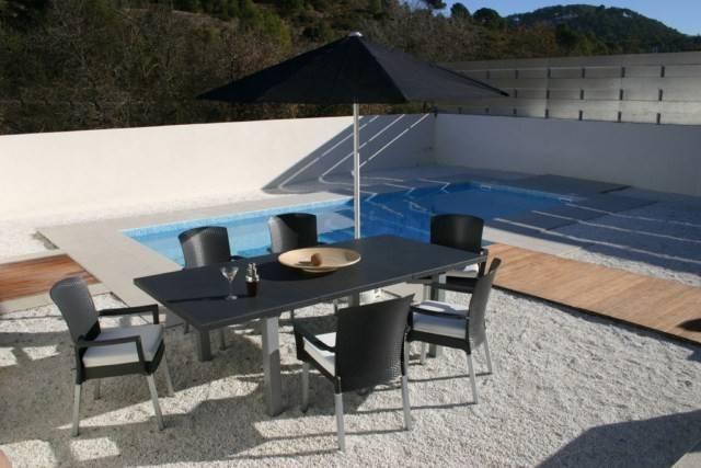 Table de jardin lifestyle en pvc grosfilex ineo meuble et d coration marseille mobilier - Table jardin beton marseille ...