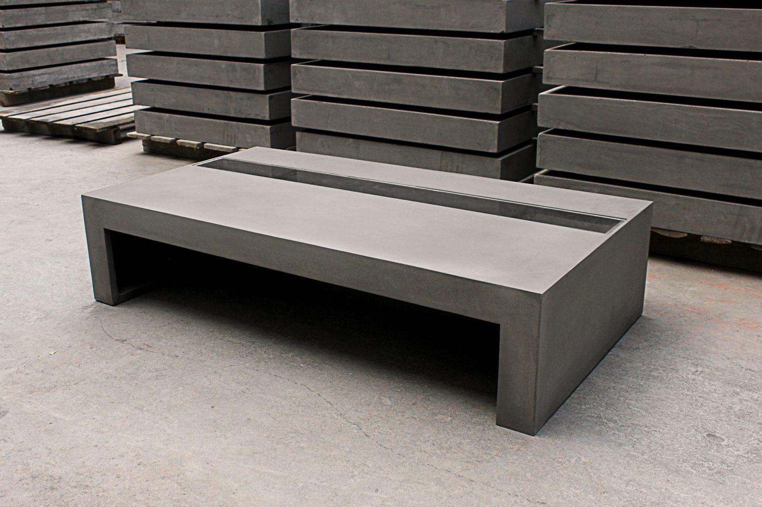 Meuble de jardin en b ton cir tr s original meuble et d coration marseille mobilier design for Table beton cire exterieur