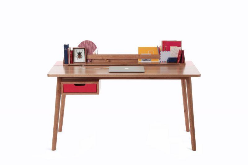 bureau en bois design pour enfant harto meuble et. Black Bedroom Furniture Sets. Home Design Ideas
